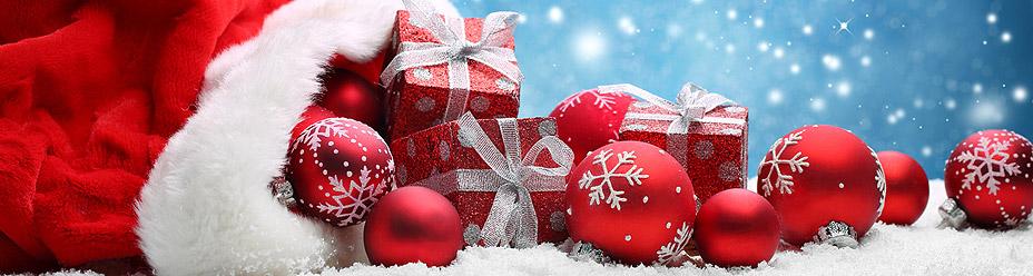 Worek św. Mikołaja zapełniony prezentami i bombkami
